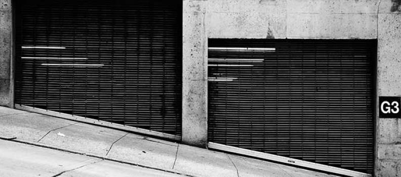Puertas de garaje automáticas, el can Cerbero de tu reino
